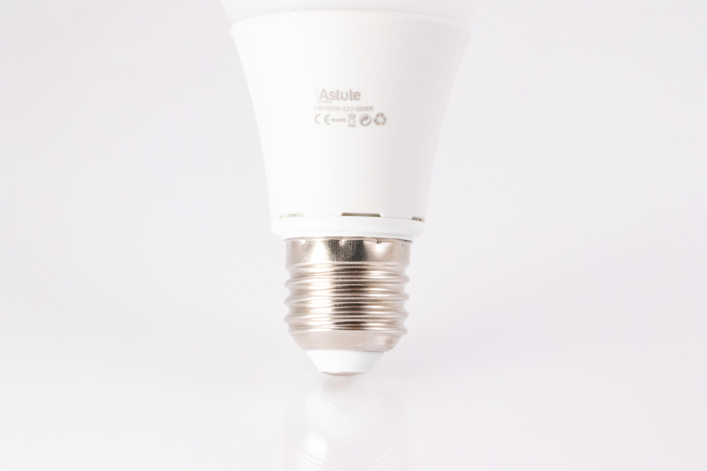 E27 LED Bulbs (Screw Cap)